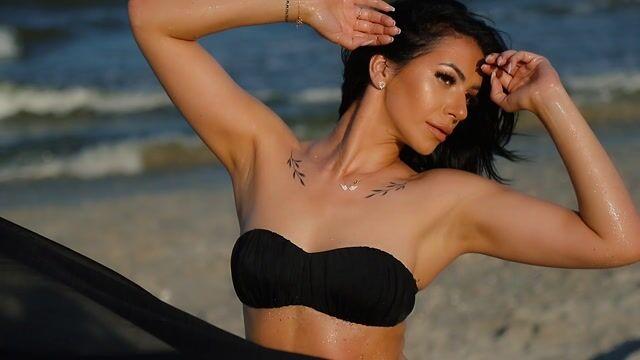 Model - NadiaCaprice anal